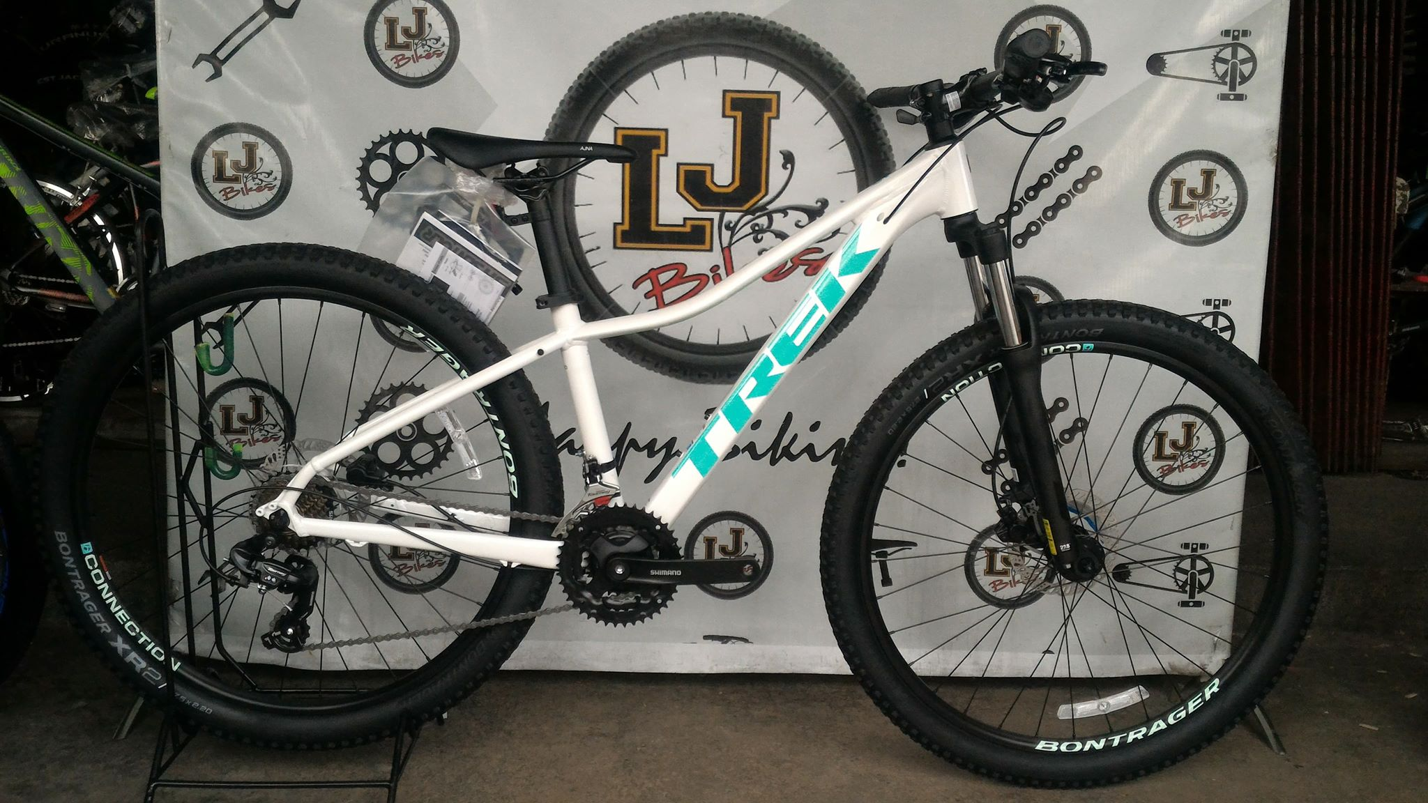 BRAND NEW TREK MARLIN WSD 5 (27.5) 2019 WOMEN'S MOUNTAIN ...
